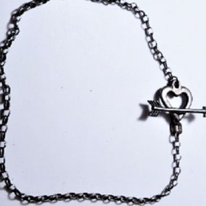 Jewelry - Vtg Sterling Heart arrow Toggle Bracelet